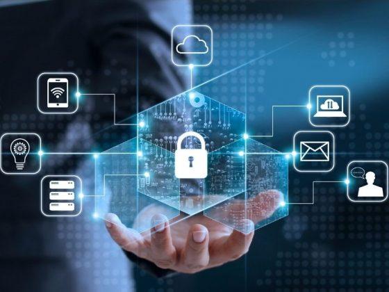 Datenschutz und Datensicherheit wie finde ich einen guten Datenschutzbeauftragten? externer Datenschutz personenbezogene Daten offene Hand